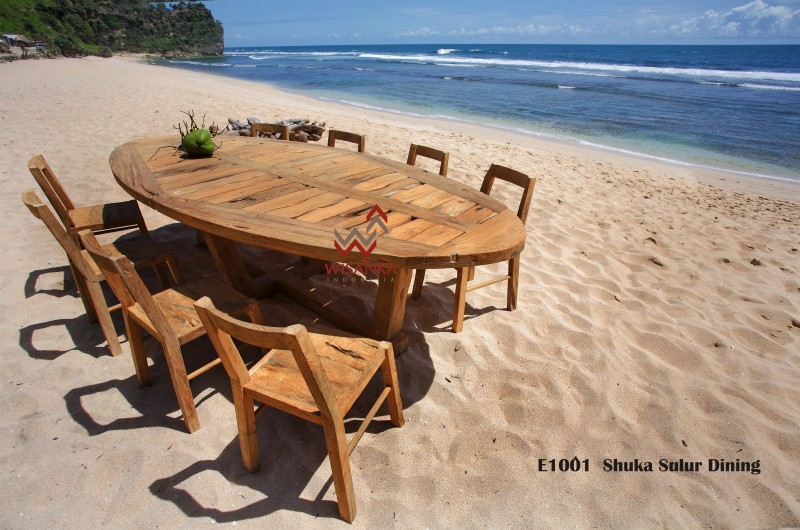 Reclaimed Teak Garden Furniture | Reclaimed Wood Outdoor Furniture | Industrial Reclaimed Wood Dining Table Jepara
